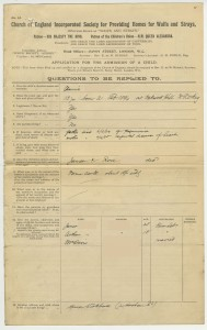 The front page of Annie's application form, giving information about her family, 1907, from case file 12767