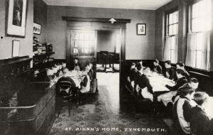 The boys dining hall at St Aidan's, Tynemouth, 1910.